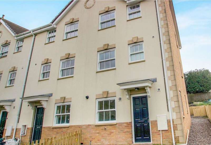 3 Bedrooms House for rent in Seion Place, Seven Sisters, NEATH