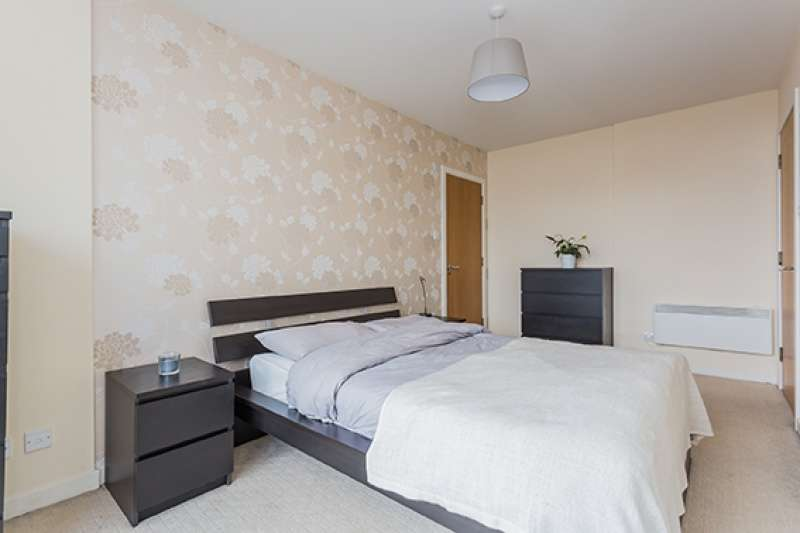 2 Bedrooms Flat for sale in 136 Renfield Street, Glasgow, G2 3AU