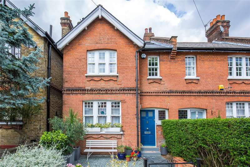 4 Bedrooms End Of Terrace House for sale in Hawthorn Road, Crouch End, London, N8
