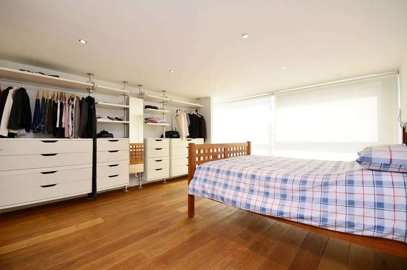 3 Bedrooms Flat for sale in Cubitt Street, King's Cross, WC1X