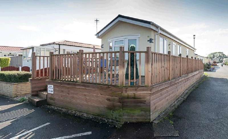 2 Bedrooms Property for sale in 72, Main Drive, Hambleton Country Park , Poulton-Le-Fylde, FY6 9ET