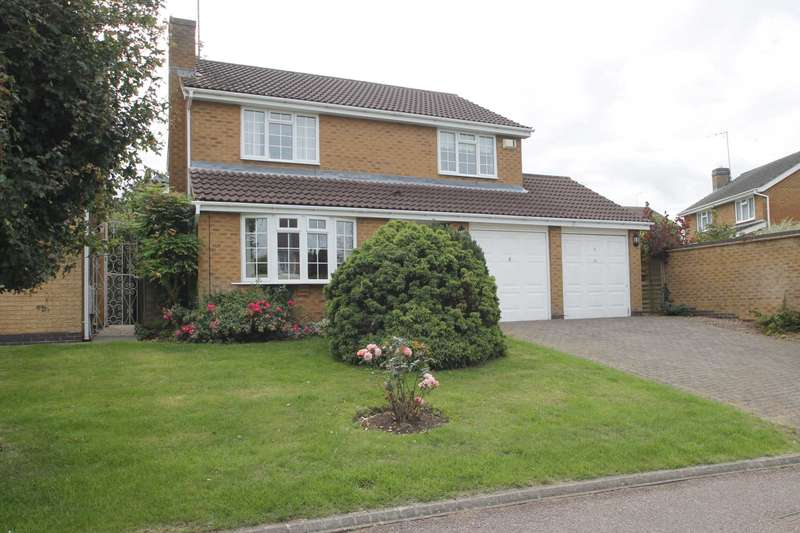 4 Bedrooms Detached House for sale in Beaumaris Close, Rushden