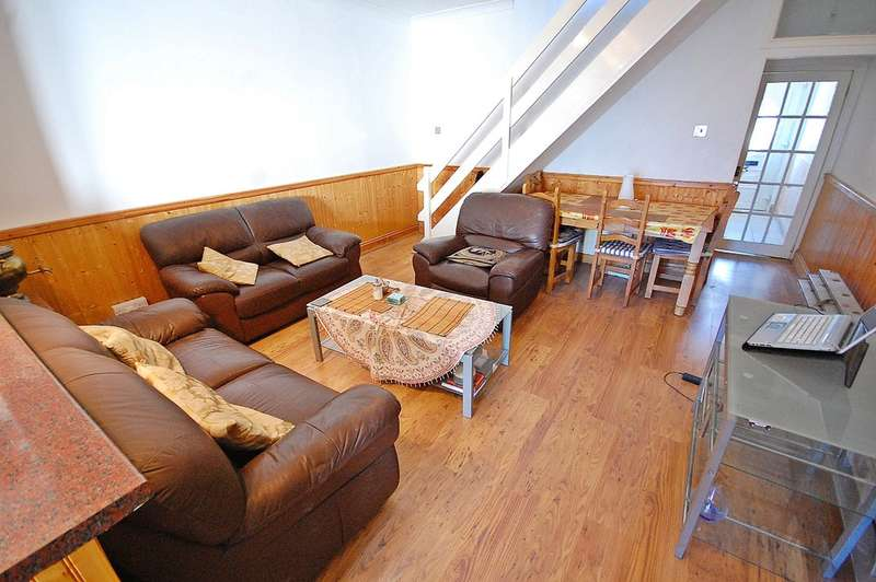 2 Bedrooms Terraced House for sale in High Street South, Langley Moor, Durham