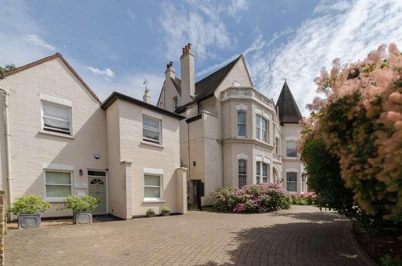 2 Bedrooms Flat for sale in Castelnau, Barnes,, London, London, SW13