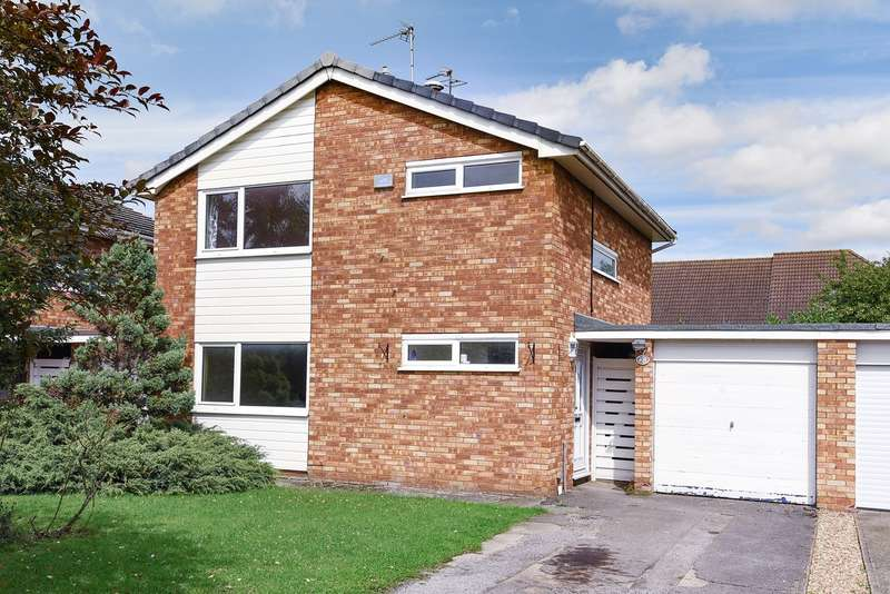 3 Bedrooms Detached House for sale in Portman Close, Hitchin, SG5