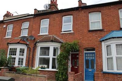 2 Bedrooms Terraced House for sale in Belmont Road, Harrow Weald