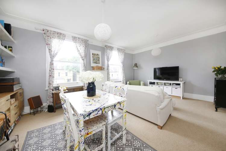 1 Bedroom Flat for sale in Pepys Road New Cross SE14
