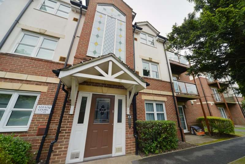 2 Bedrooms Apartment Flat for sale in Wimborne Road, Bournemouth, Dorset, BH2