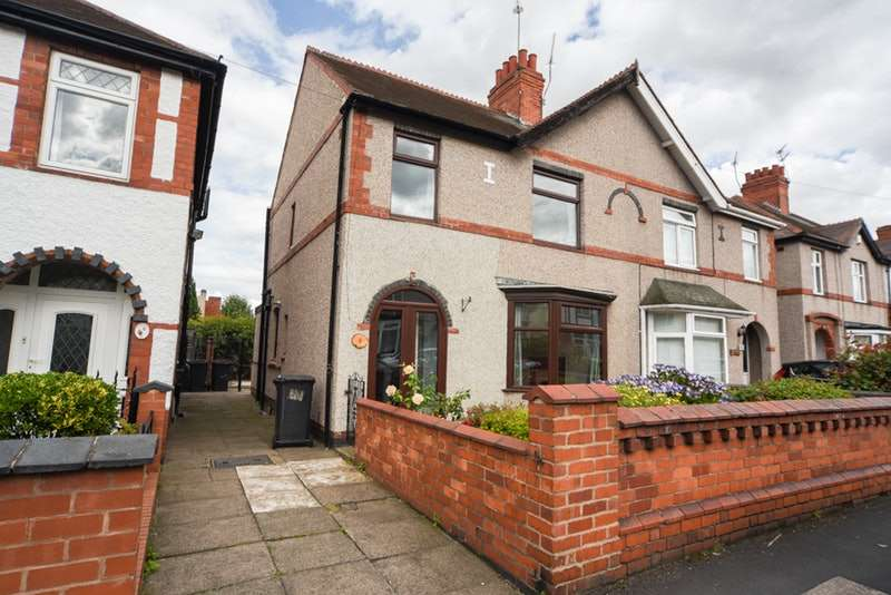 3 Bedrooms Semi Detached House for sale in Kingsway, Nuneaton, Warwickshire, CV11