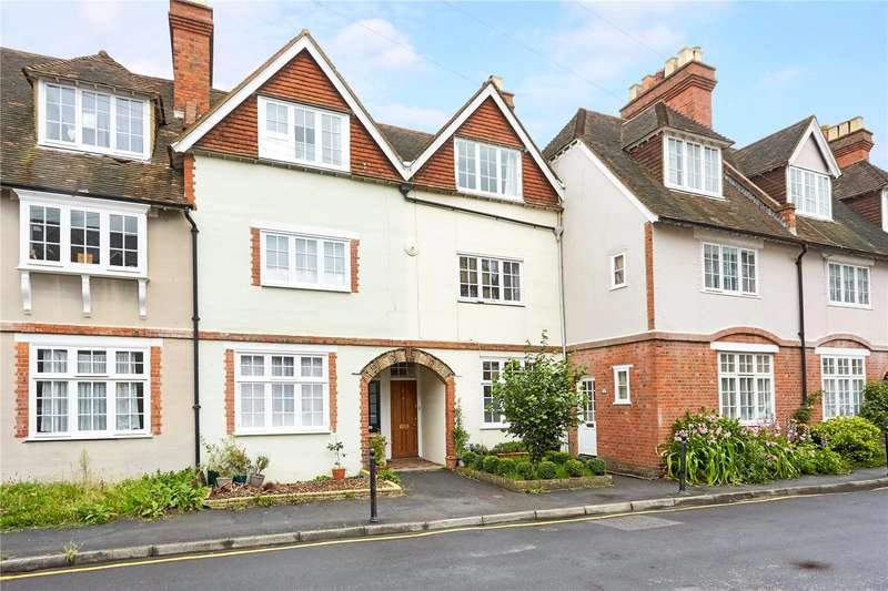 3 Bedrooms Terraced House for sale in Lime Tree Walk, Sevenoaks, Kent, TN13