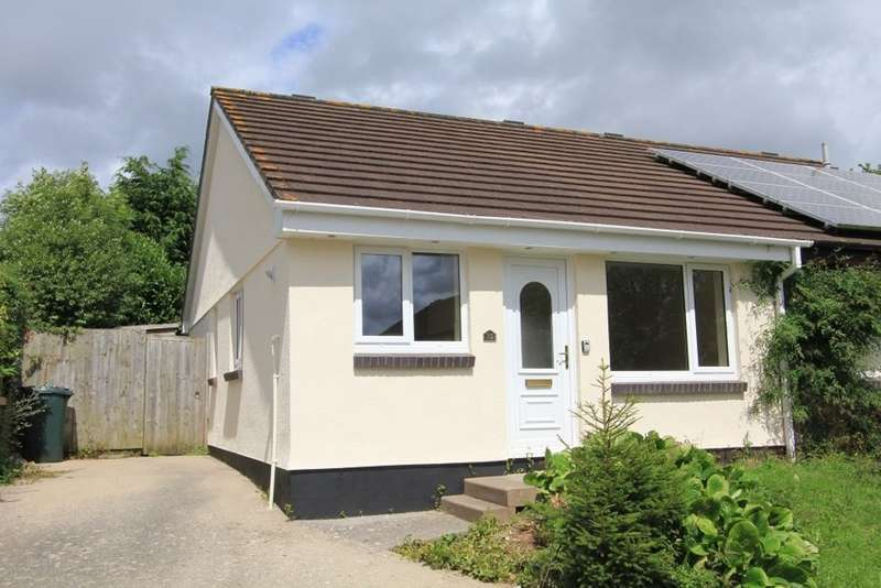 2 Bedrooms Semi Detached Bungalow for sale in Oak Close, Kingsteignton