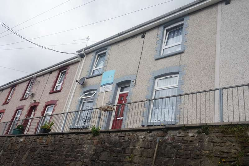 2 Bedrooms Terraced House for sale in Victoria Terrace, Llanhilleth, Abertillery, NP13
