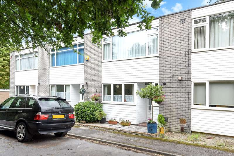 3 Bedrooms Terraced House for sale in Trinity Close, Northwood, Middlesex, HA6