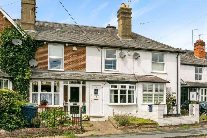 2 Bedrooms Terraced House for sale in Coster Cottages, Hedsor Road, Bourne End, Buckinghamshire, SL8