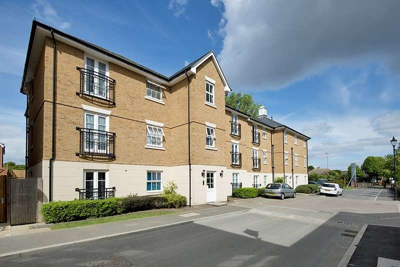 1 Bedroom Apartment Flat for sale in College Square, Westgate On Sea, CT8