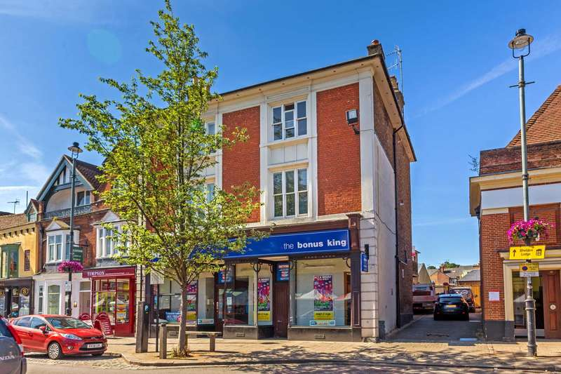 2 Bedrooms Apartment Flat for sale in High Street, Berkhamsted