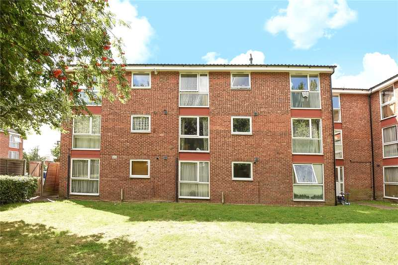2 Bedrooms Apartment Flat for sale in Archery Close, Harrow, Middlesex, HA3