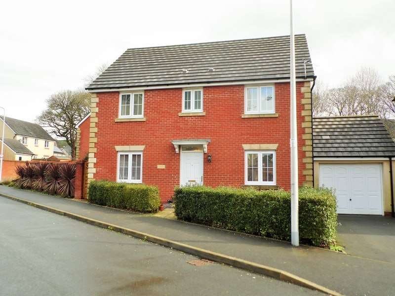 4 Bedrooms Detached House for sale in Maes Yr Ehedydd, Carmarthen, Carmarthenshire, SA31