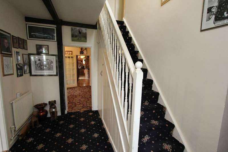 5 Bedrooms Detached House for sale in Thorney Road, Guyhirn, Wisbech, Cambridgeshire, PE13 4AD