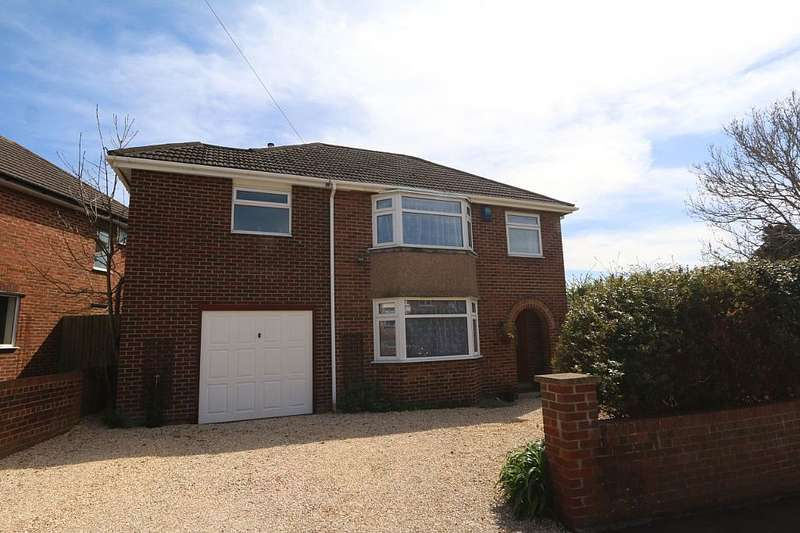 3 Bedrooms Detached House for sale in The Crescent, Yeovil, Somerset, BA20 1XW