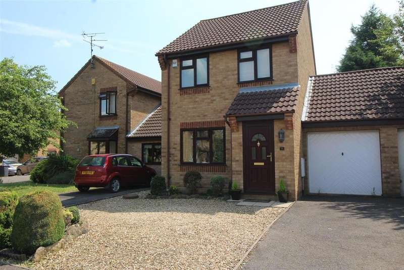 3 Bedrooms Detached House for sale in Hoylake Drive, Farcet, Peterborough