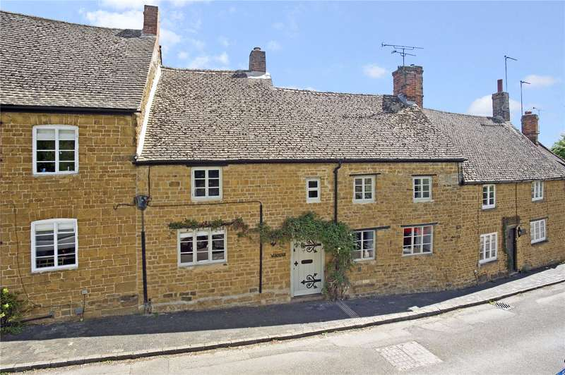4 Bedrooms Terraced House for sale in Philcote Street, Deddington, Oxfordshire, OX15