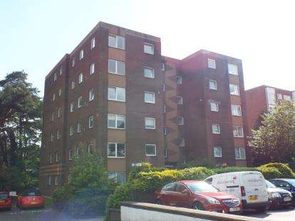 2 Bedrooms Flat for sale in 92 Princess Road, Poole, Dorset