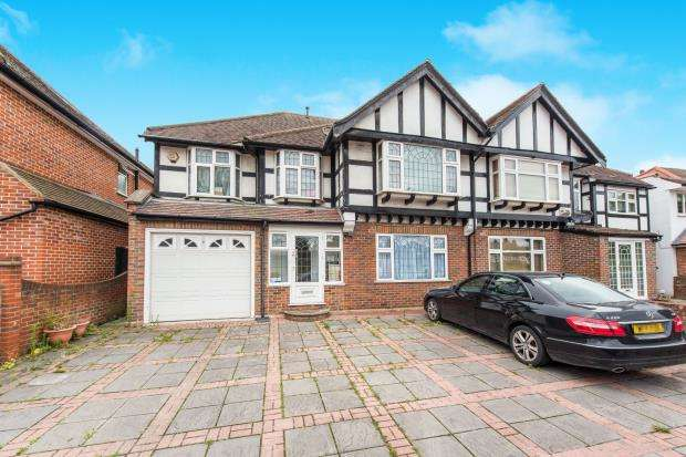 6 Bedrooms Semi Detached House for sale in London, Kingston Vale, Surrey