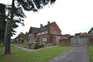 3 Bedrooms Semi Detached House for sale in Broomhill Park Road, Tunbridge Wells, Kent