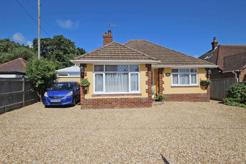 2 Bedrooms Detached Bungalow for sale in Everton Road, Hordle, Lymington