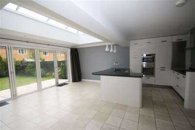 4 Bedrooms Town House for rent in Strathearn Drive, Westbury-on-Trym