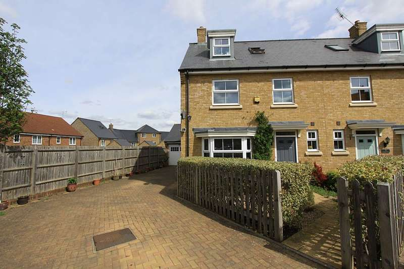 4 Bedrooms Semi Detached House for sale in Marigold Drive, Sittingbourne, Kent, ME10 4BZ