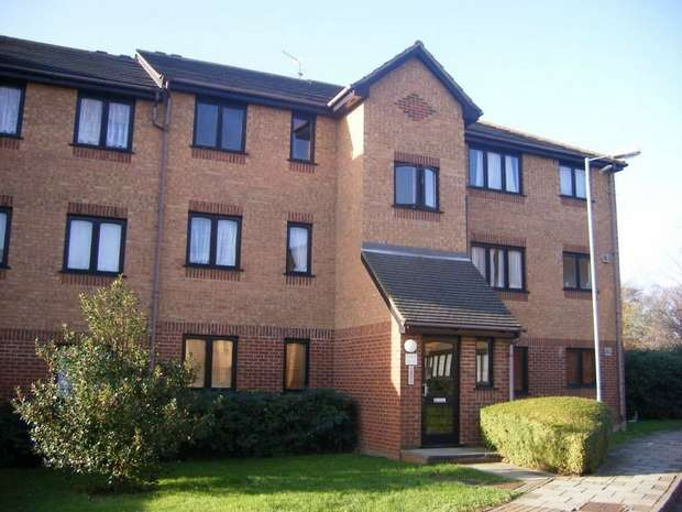 2 Bedrooms Flat for sale in Pempath Place, WEMBLEY