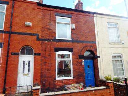 2 Bedrooms Terraced House for sale in Clarendon Road, Swinton, Manchester, Greater Manchester