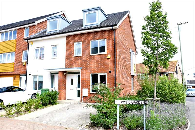 3 Bedrooms Town House for sale in Wylie Gardens, Basingstoke, RG24
