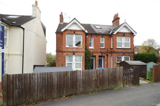 1 Bedroom Maisonette Flat for sale in Church Lane East, Aldershot, Hampshire