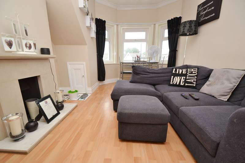2 Bedrooms Flat for sale in Bournemouth