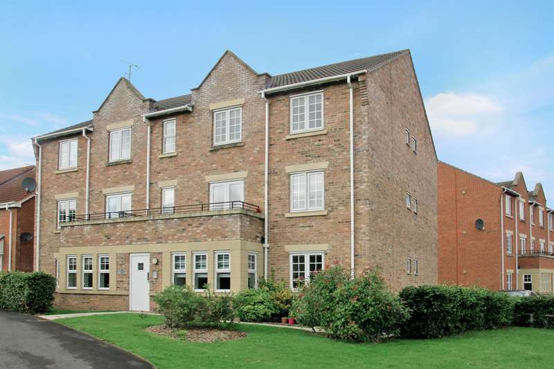 2 Bedrooms Flat for sale in Angel Gardens, Knaresborough, HG5 0WB