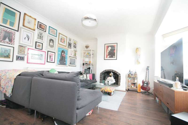 3 Bedrooms Semi Detached House for sale in Heathfield Road, Birkdale, Southport, PR8 3DX
