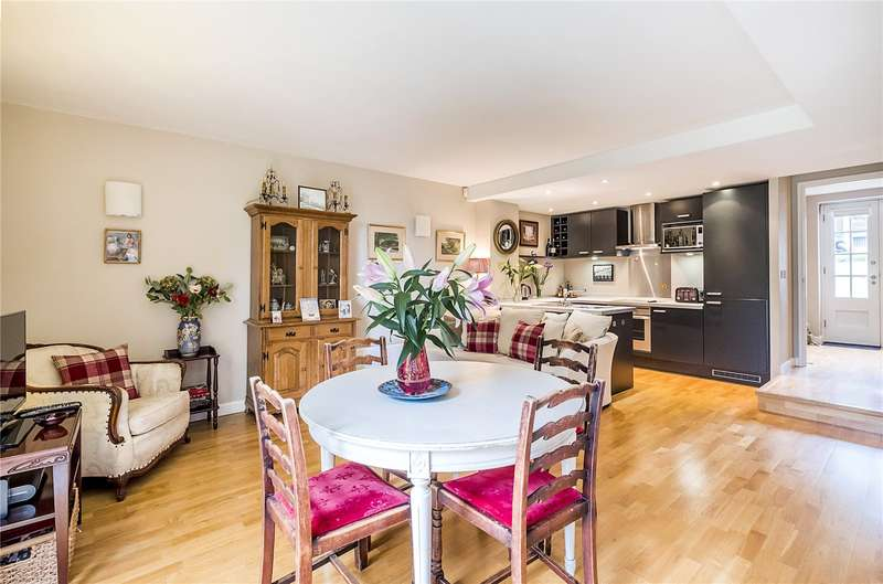 3 Bedrooms Terraced House for sale in Gilbert Scott Building, Scott Avenue, London, SW15