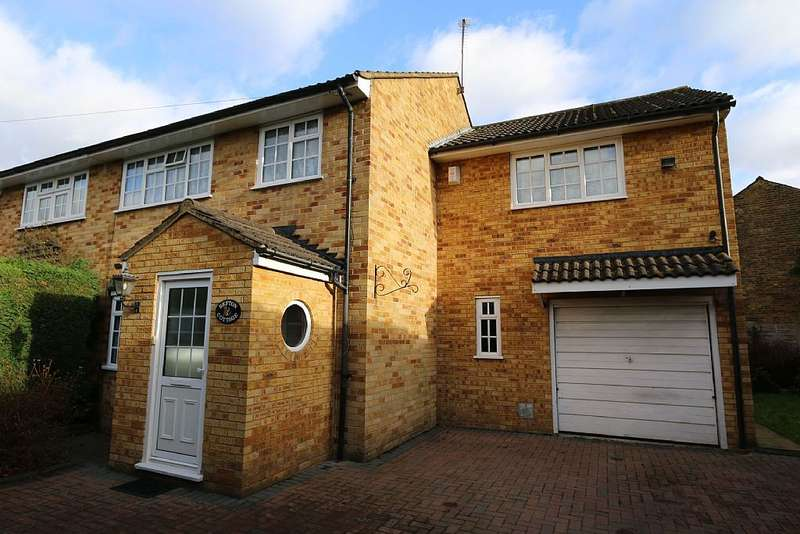 4 Bedrooms Semi Detached House for sale in Sefton Cottage, Snellings Road, Hersham, Walton-on-Thames, Surrey, KT12 5JG
