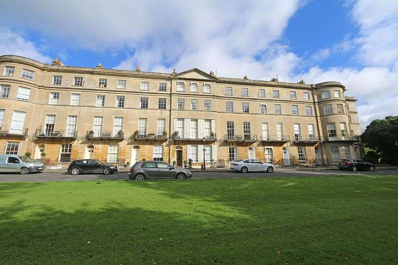 3 Bedrooms Ground Maisonette Flat for sale in Sion Hill Place, Bath, Somerset, BA1 5SJ