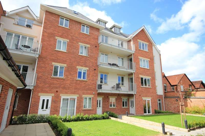 2 Bedrooms Apartment Flat for rent in Caversham House, Church Road, Caversham, Reading, RG4