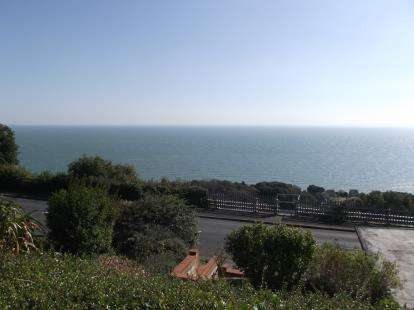 3 Bedrooms Detached House for sale in Ventnor, Isle Of Wight, .
