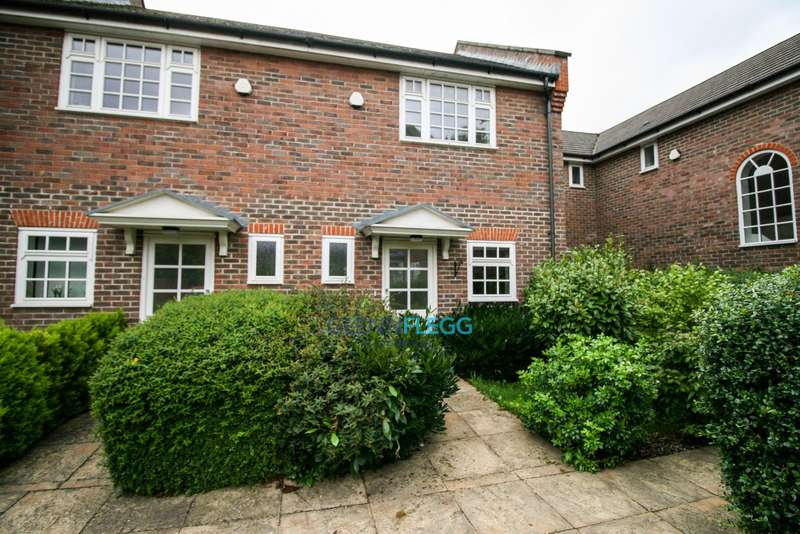 2 Bedrooms Terraced House for sale in Pepler Way