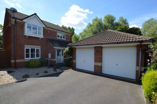 4 Bedrooms Detached House for sale in Ashleigh Road, Honiton, Devon