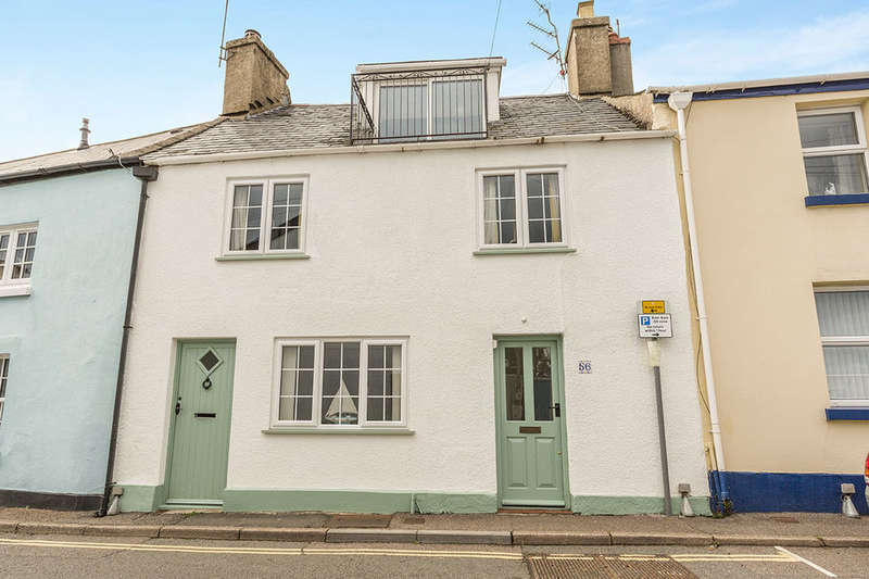 1 Bedroom Flat for sale in Fore Street, Bishopsteignton, Teignmouth, TQ14