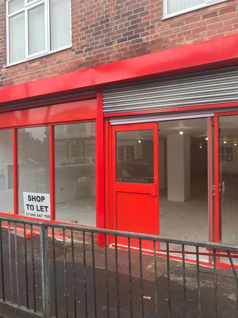 Shop Commercial for rent in St, Sepulchre Gate