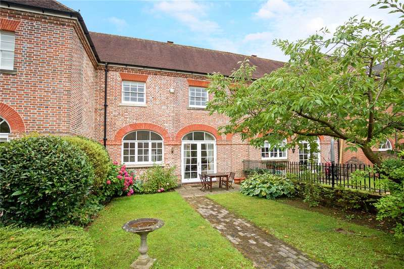 3 Bedrooms Terraced House for sale in Springfield Park, North Parade, Horsham, West Sussex, RH12