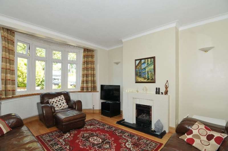 5 Bedrooms Semi Detached House for sale in Oakwood Crescent, Winchmore Hill, London, N21